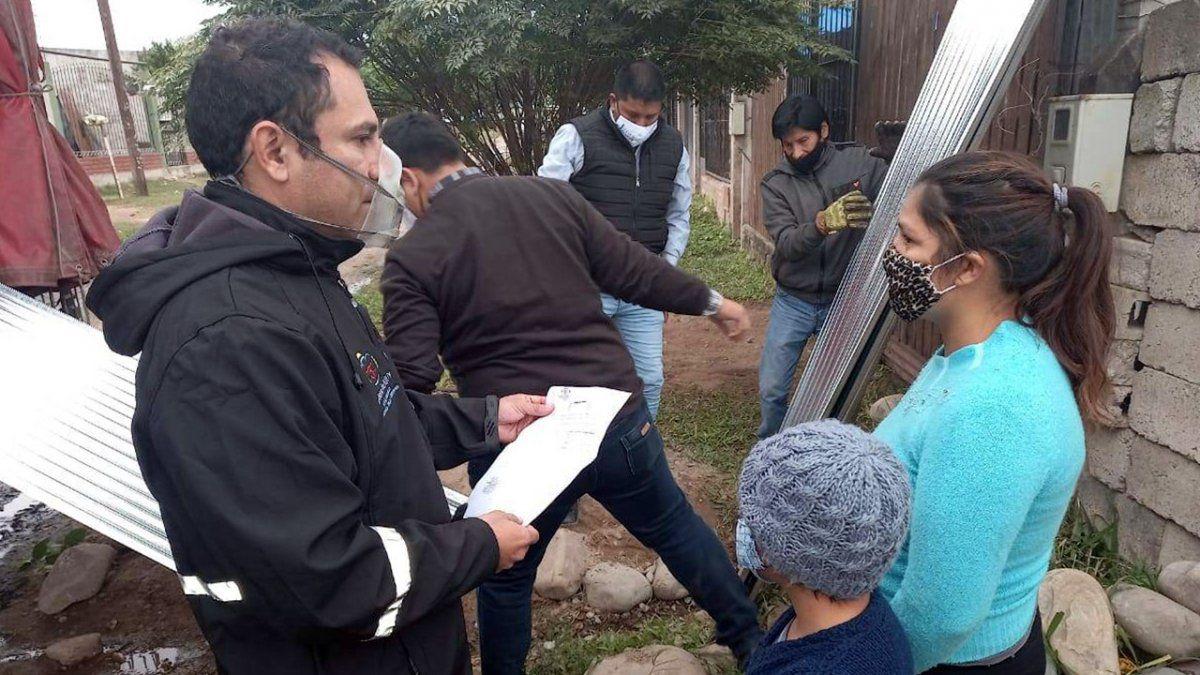 Ayuda a familia de Libertador por incendio en su vivienda