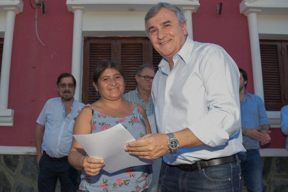 Familias de Fraile Pintado se suman al beneficio de la Tarifa Social Eléctrica