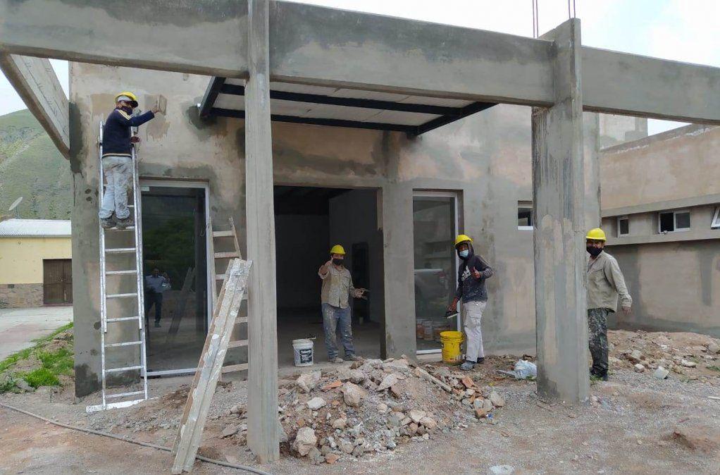 El nuevo Centro de Salud para Volcán es una de las numerosas obras con las que el Gobierno de Jujuy configuró la reconstrucción y mejora del pueblo tras el alud.
