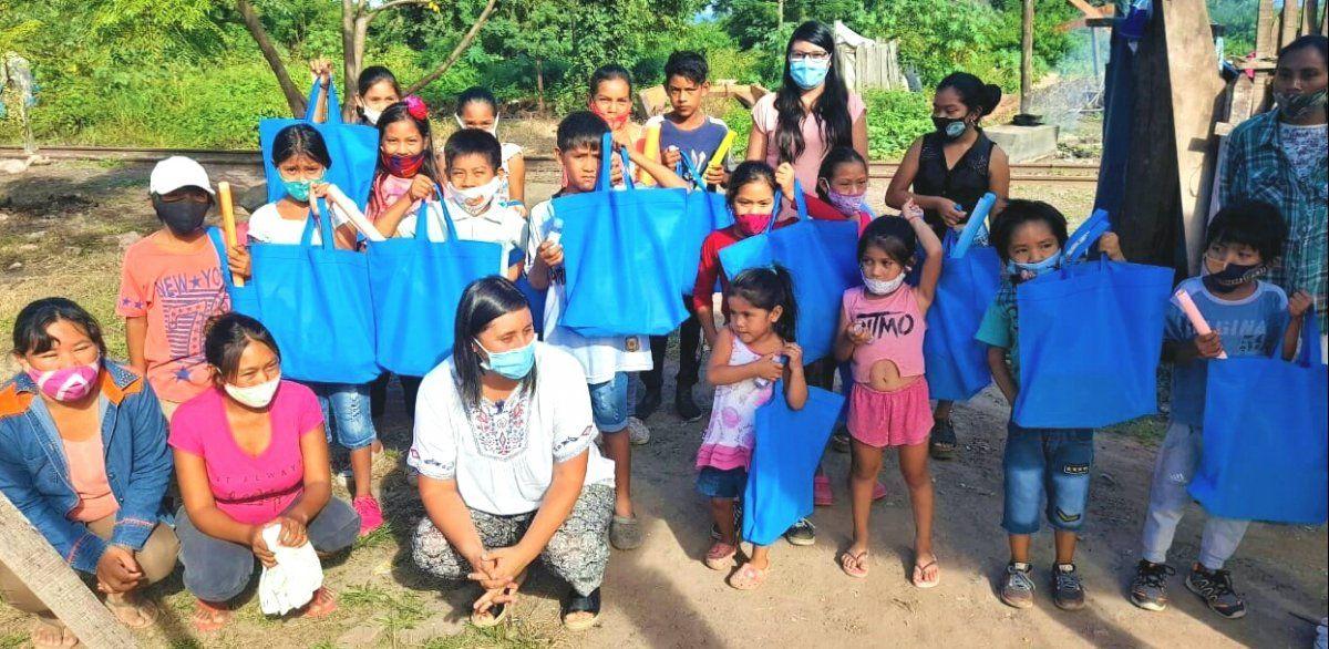 Apoyo a niños y niñas de la comunidad guaraní Arete Guasu de Caimancito.