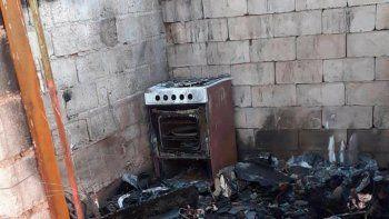Relevamiento a familia de Alto Comedero por incendio en su vivienda
