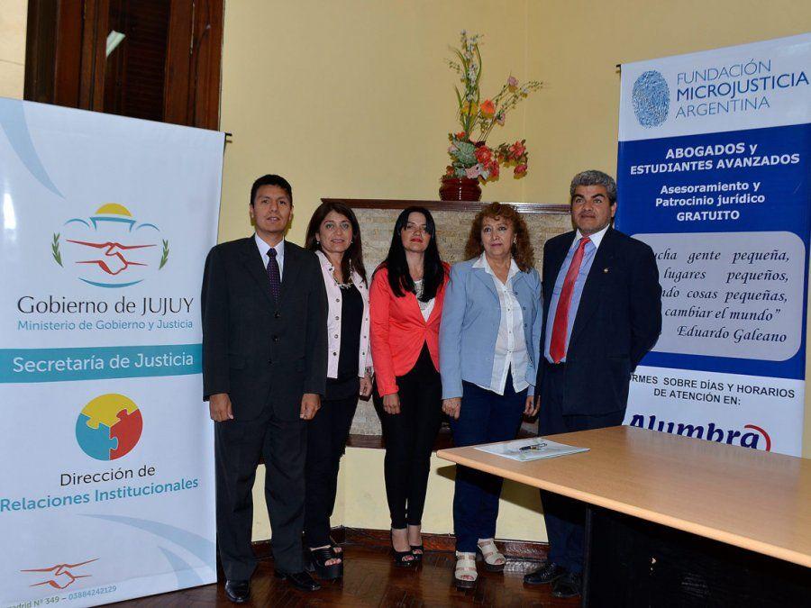 Convenio marco para asesoramiento legal comunitario