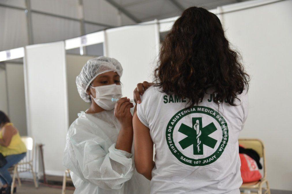 Son 4.500 personas del sistema de salud público y privado que completarán la vacunación.