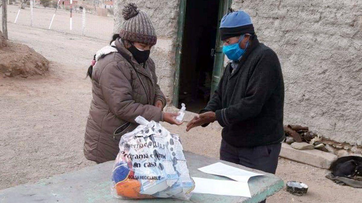 Comer en Casa: Familias de Abralaite recibieron las Unidades Alimentarias